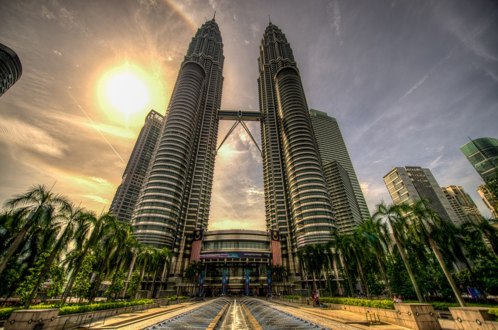 an introduction to the history and geography of kuala lumpur The geography of kuala lumpur is characterised by the huge klang valley  an introduction kuala lumpur:  the story of kuala lumpur,.