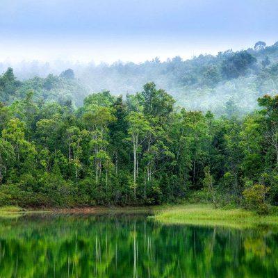 Вид со смотровой площадки озера Кхауяй