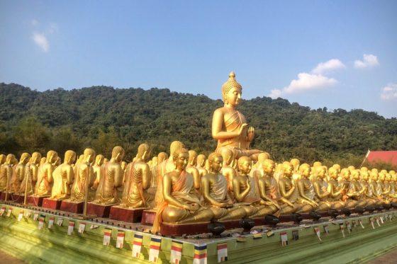 Храм тысячи золотых Будд
